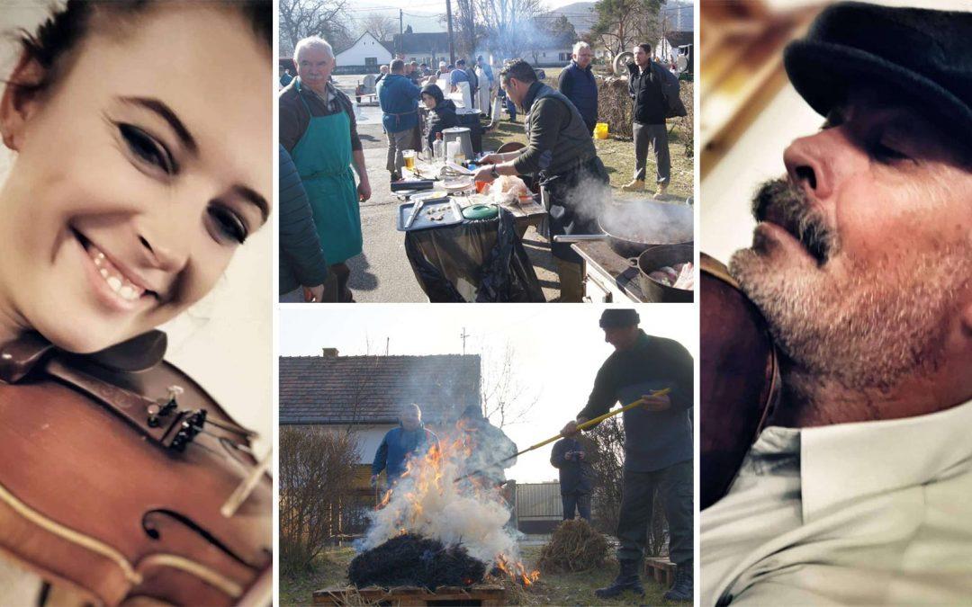 HAGYOMÁNYŐRZŐ DISZNÓVÁGÁS Kisorosziban a Rácz Fogadó előtti téren